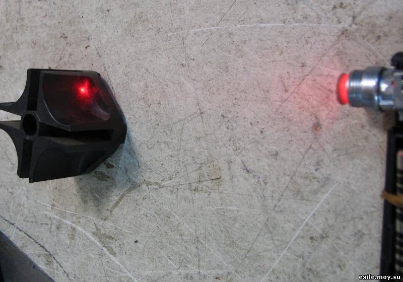 Чтобы не перегрузить лазерный диод током было сделано следующее.